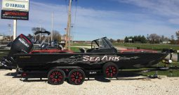 2018 SeaArk Procat 240 in black with amped package and Suzuki 250 SS